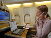 Emirates airlines allows in-flight cell phone chatting