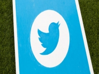 Twitter now highlighting photos and videos on site, mobile apps