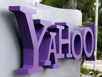 Yahoo turns on secure search for its U.S. home page
