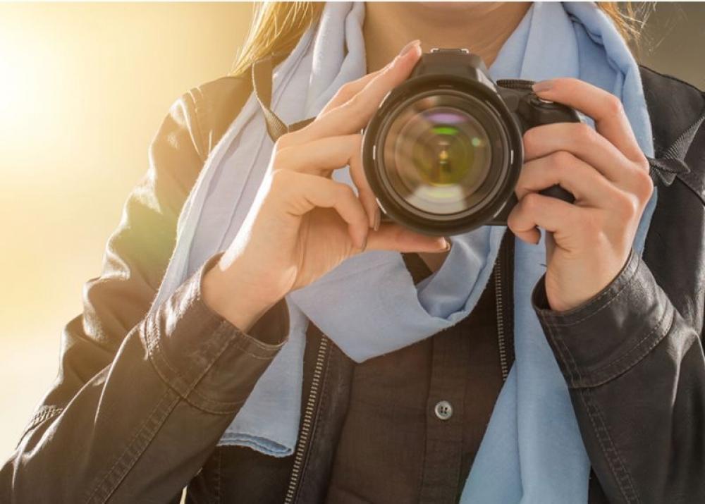Photographer-Protecting Platforms